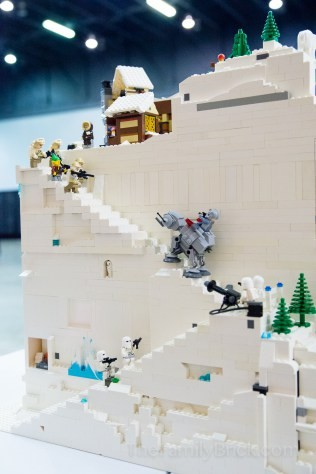 Our-LEGO-Winter-Village-MOC-0483.jpg